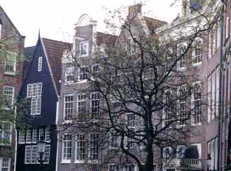 Inner Court of the Begijnhof Amsterdam