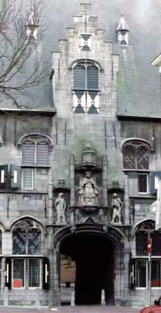 Flemish Municipal Building