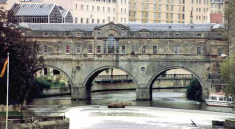 Pulteney Bridge in beautiful Bath over the River Avon