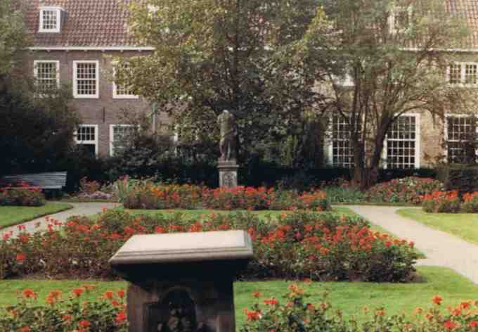 Garden of the Prinsenhof - Old Image